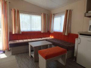 Lækkert sofa område i vores mobilehome